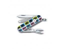 Карманный складной нож Victorinox 0.6223.L1107 Chanting Robots